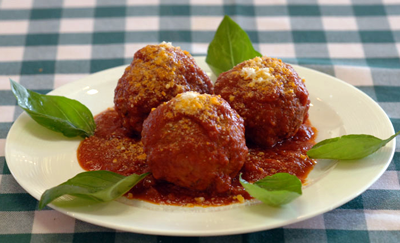frankies-deli-catering-meatballs